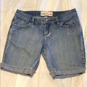 FOX DENIM EUC size 1 shorts with cuffs